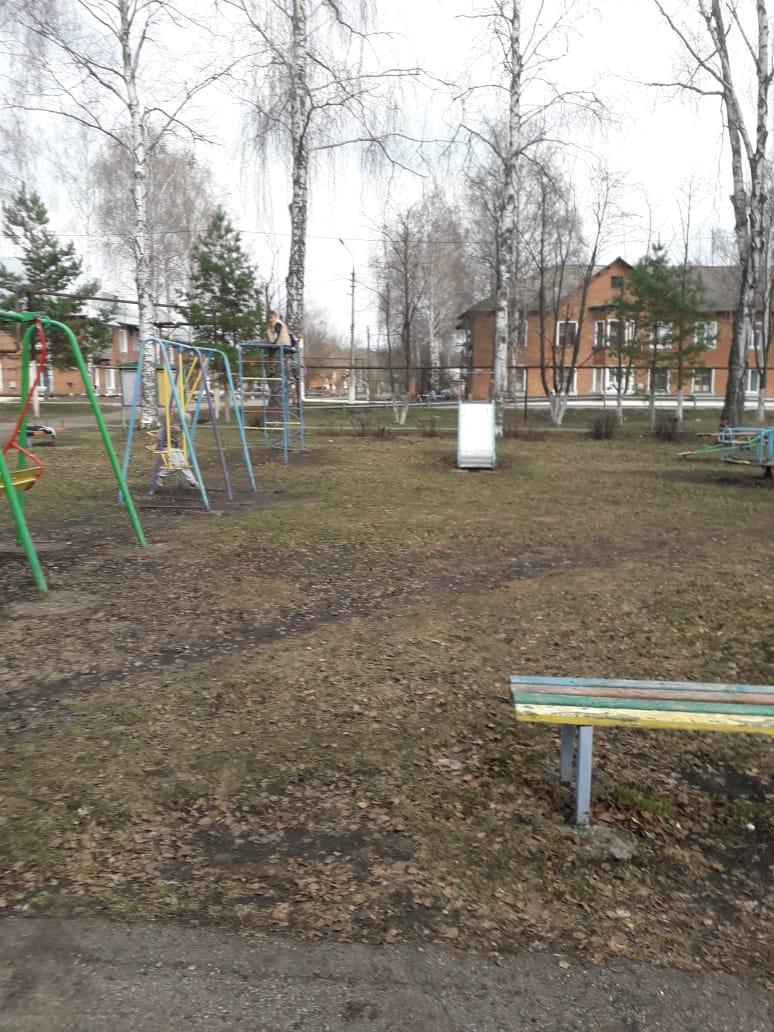 Обустройство детской игровой площадки в п. Новольвовск, ул. Центральная, Кимовского района